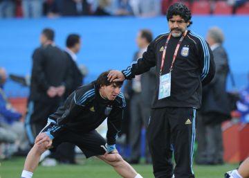 Messi & Maradona
