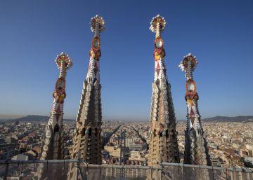 Colau y la Sagrada Familia pactan la regularización de las obras tras 133 años sin licencia