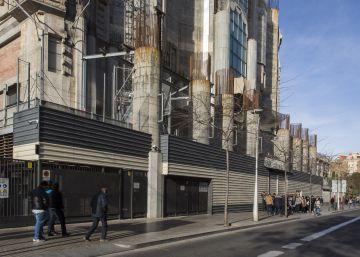 El Ayuntamiento permitirá que la Sagrada Familia crezca más por la fachada de la Glòria