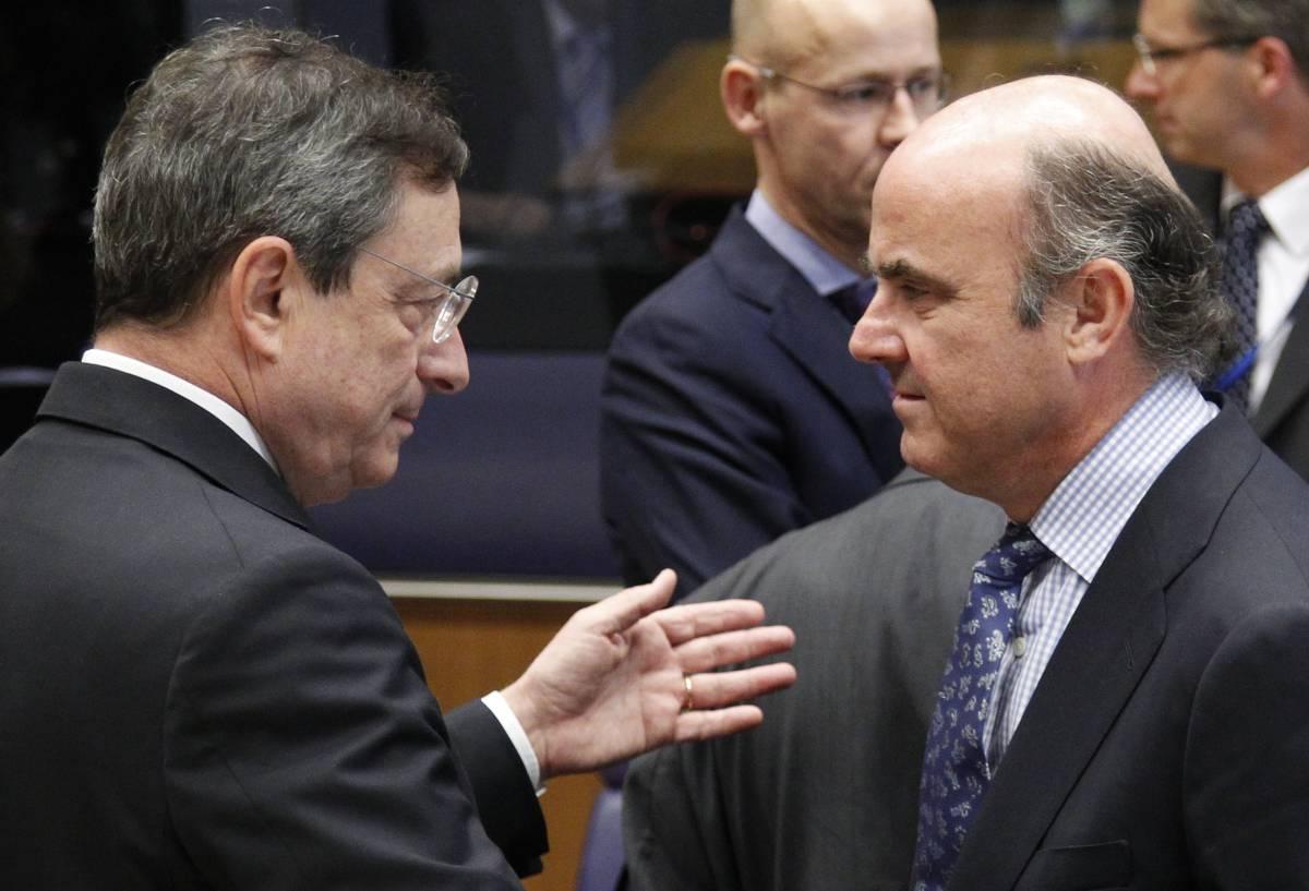 Guindos llega hoy a un BCE inquieto de nuevo por el riesgo político