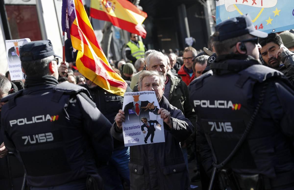 """La Comunidad de Madrid rechaza la nueva propuesta del taxi que tilda de """"más radical"""""""