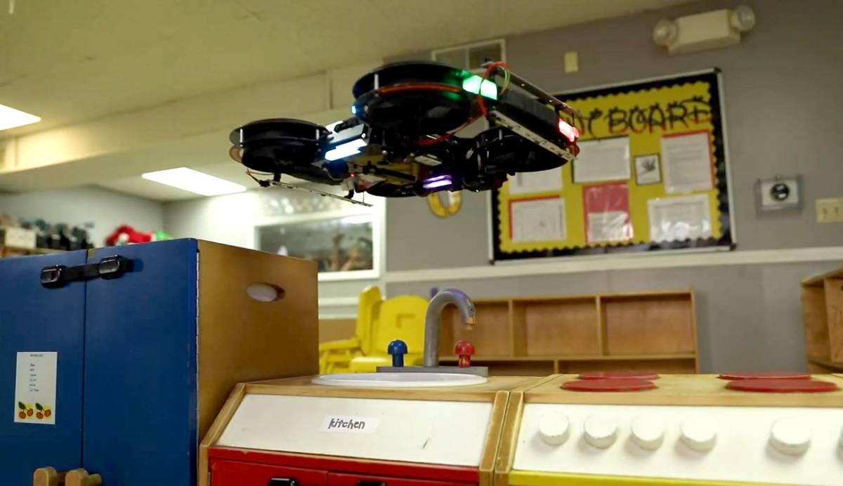 Este dron sobrevuela tu casa para limpiar de Covid-19 todas las superficies