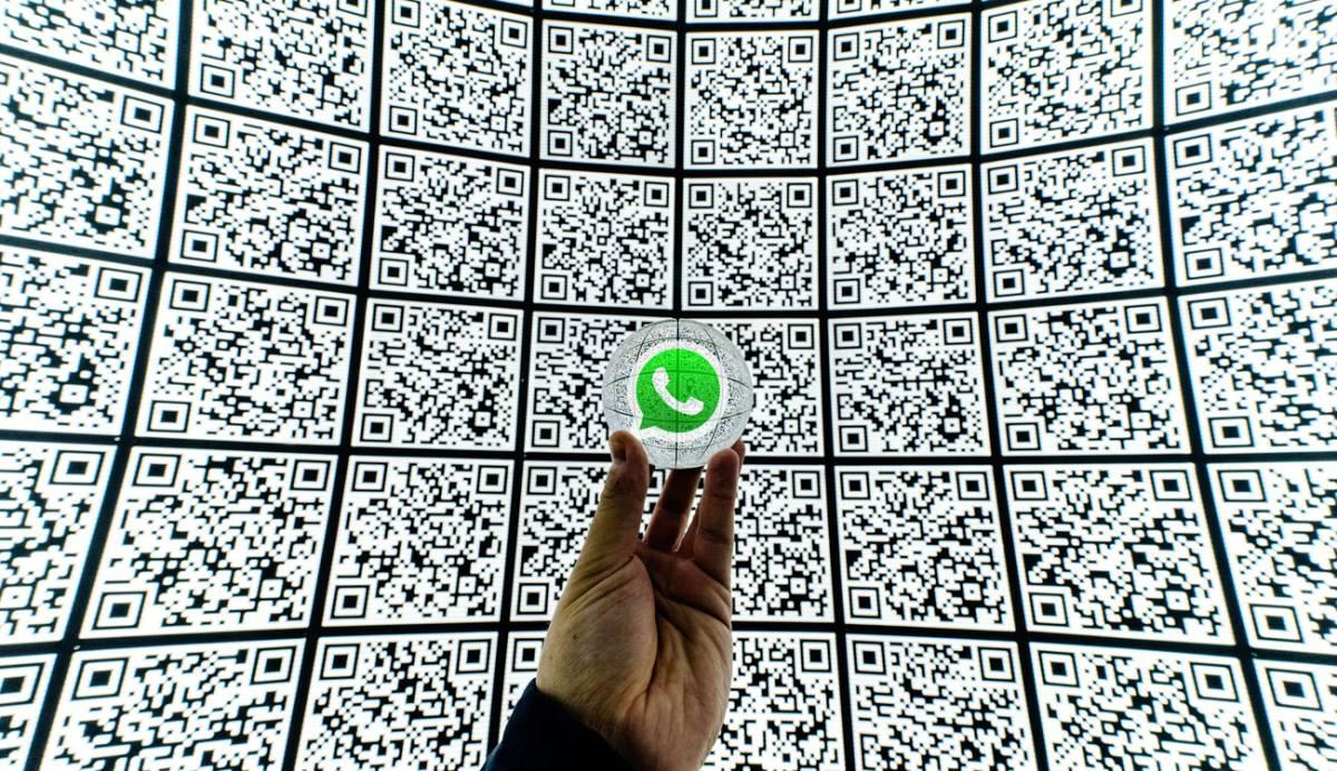 Nuevos detalles sobre los QR y los backups con password de WhatsApp