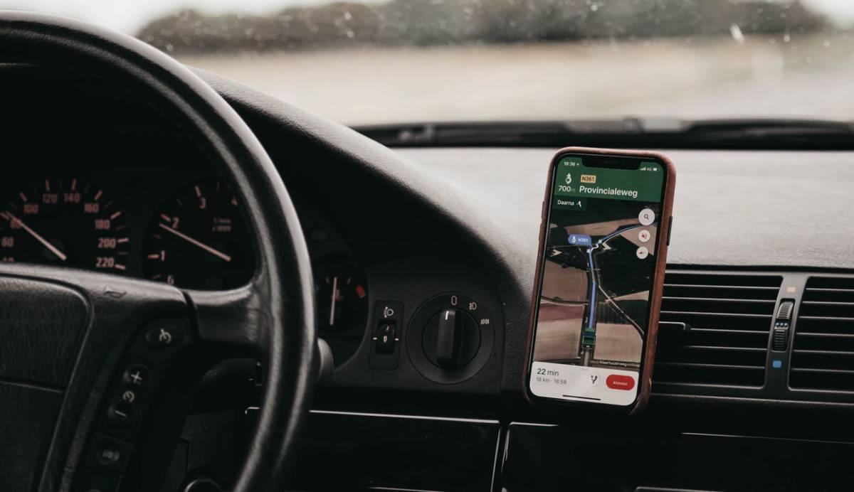 Cómo utilizar el asistente de Google al conducir con el navegador de Maps