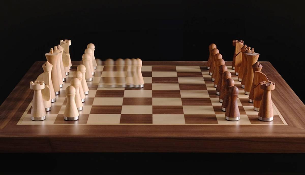 Phantom, el tablero de ajedrez donde el contrario mueve sus fichas aunque no esté frente a ti