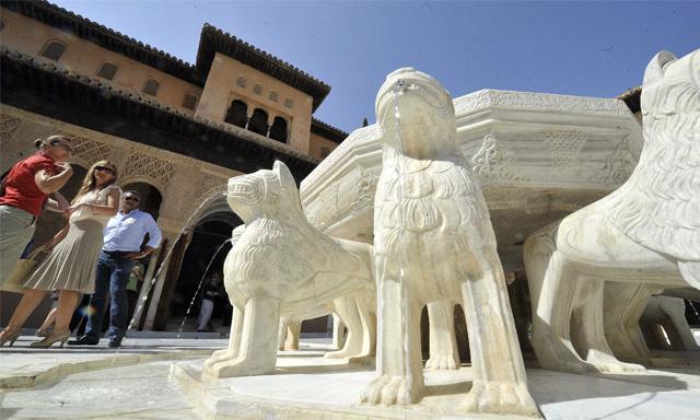 La Alhambra Recupera El Patio De Los Leones Tras Una Decada De Obras