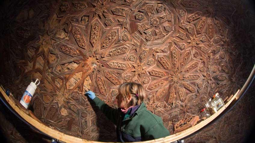 Hallados Dibujos Nazaries En El Patio De Los Leones De La Alhambra