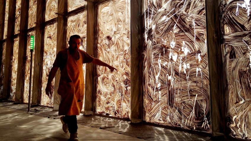 el artista ultima su doble exposicin en pars en el museo picasso y en la biblioteca nacional