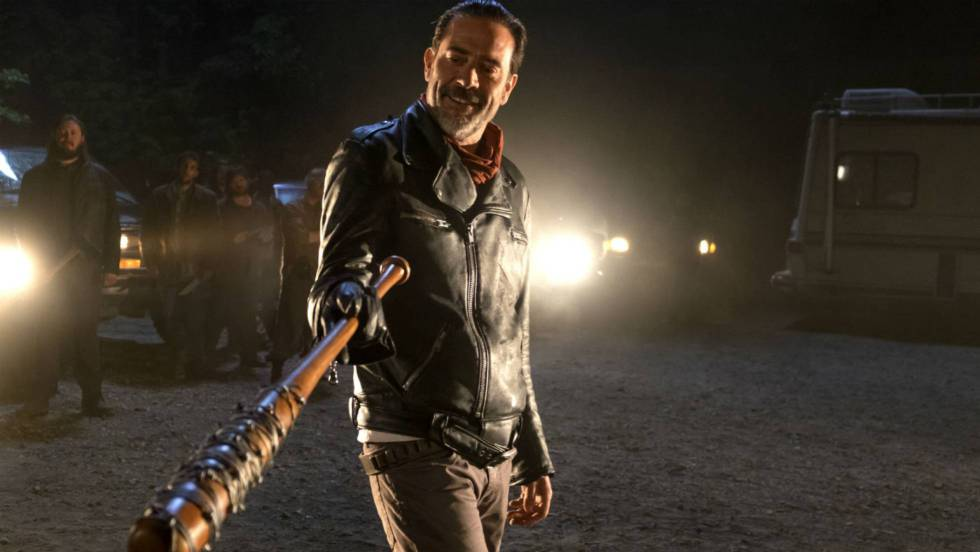 7x01: Negan sacude \'The Walking Dead\' | Televisión | EL PAÍS