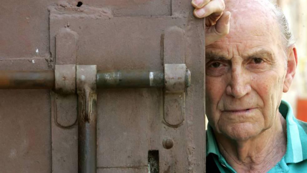 Se apaga a los 96 años la voz libre y resistente del poeta Marcos ...