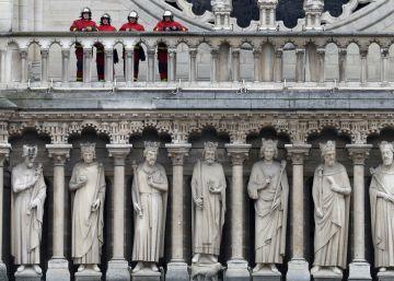 El debate: ¿nueva Notre Dame o copia exacta?