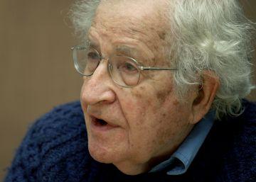 Noam Chomsky consigue el Premio Fronteras del Conocimiento