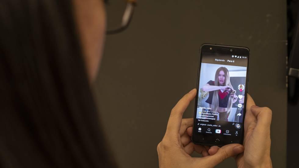 El increíble mundo adolescente de TikTok, en vídeo y gratis   Televisión   EL PAÍS