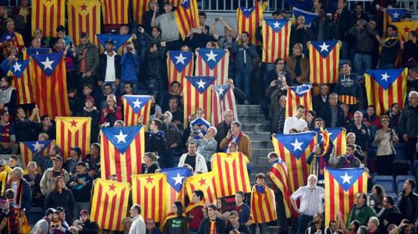 """Camp Nou  """"¿Por qué llevo la estelada  Porque soy libre""""  87804c18aee"""