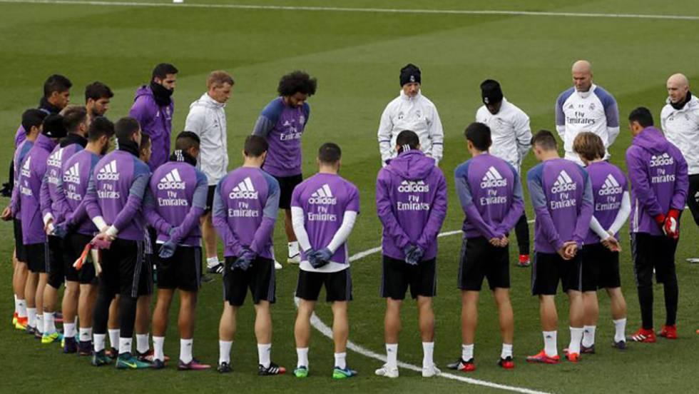 e9e380ff90b81 El mundo del fútbol llora la muerte de los jugadores del Chapecoense.