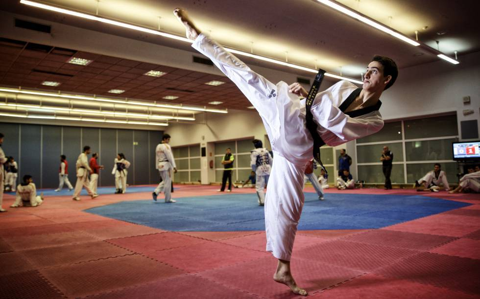 Entrenamiento de taekwondo en corea