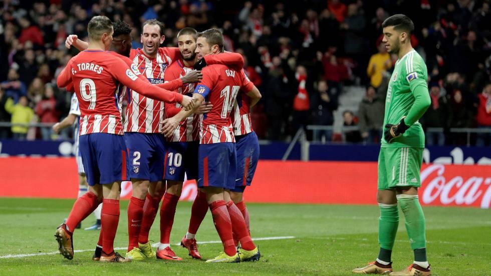 La primera gran tarde de fútbol en el Metropolitano mete al Atlético en la  pelea por la Liga ca209b3797dca