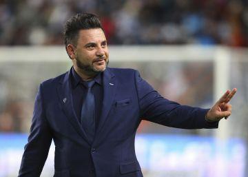 El Celta despide a su entrenador Antonio Mohamed