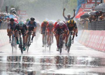 Cuarta victoria al sprint de Viviani en el Giro más previsible