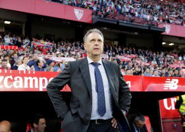 Caparrós, director de fútbol del Sevilla