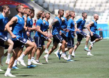 Nigeria gana a Islandia y le da un respiro a Argentina