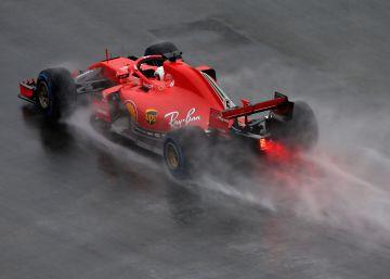 Pole para Vettel, problemas para Hamilton