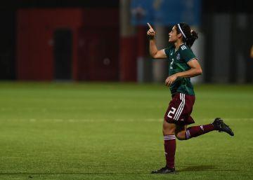 """Kenti Robles: """"Este es un momento de prosperidad para el fútbol femenino"""""""