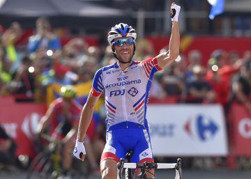 La firma de Simon Yates en Andorra