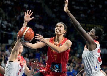 España marca territorio en su estreno mundialista ante Japón