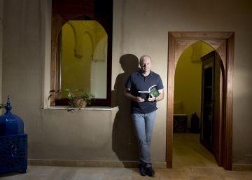 Pepe Mel, el entrenador de élite que escribe novelas