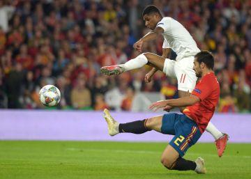España da el cante ante Inglaterra