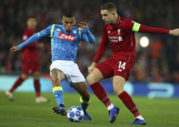 Napoles e Inter caen a la Europa League mientras Tottenham y Liverpool pasan segundos a octavos