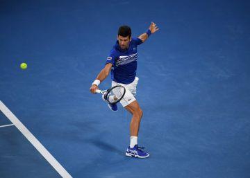 Djokovic arrolla a Pouille y jugará la final del Open de Australia contra Nadal