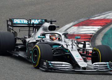 Doblete de Mercedes en China: gana Hamilton y Bottas, segundo