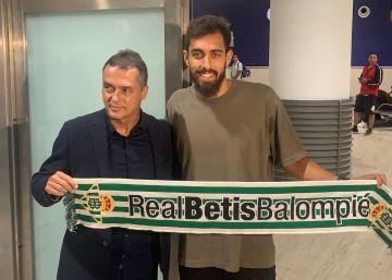 Borja Iglesias, a la altura de Denilson