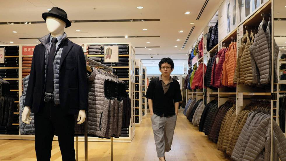 67dd6c26e Así es Uniqlo, el gigante de la moda japonesa que compite con Zara    Economía   EL PAÍS