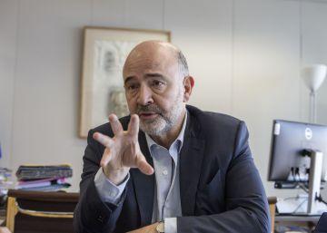 """Moscovici: """"Tras los grandes sacrificios, llega la hora de subir los salarios"""""""