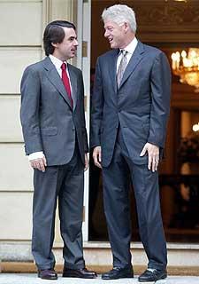 ¿Cuánto mide José María Aznar? 1066637820_850215_0000000000_sumario_normal