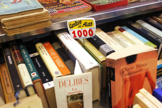 The price of a kilo is marked at La Casquería bookshop, in Madrid´s San Fernando market.