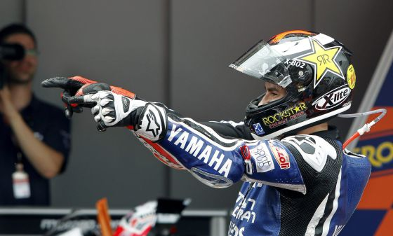 Jorge Lorenzo (Yamaha) celebrates after his victory at Montmeló.