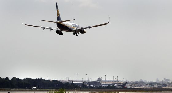 A Ryanair plane prepares to land at Valencia's Manises airport.