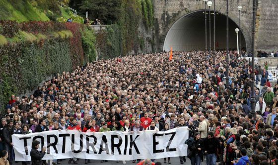 A march in San Sebastián in 2010 against the alleged torture of ETA members by the Civil Guard.