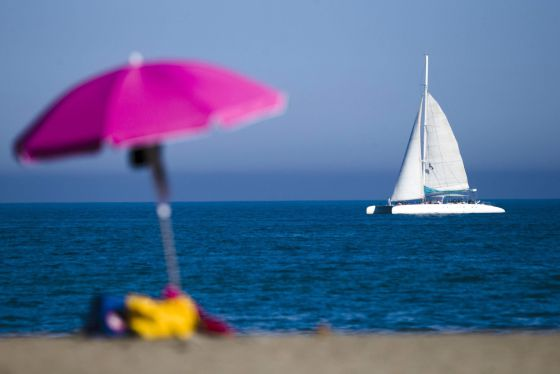 Overseas visitors to Spain hit record numbers in June