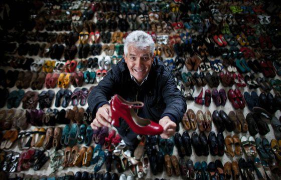"""El fundador de Fly London, Fortunato Frederico. Tiene 72 años y la agenda cerrada hasta 2025. """"Algunos insinúan que puedo morir antes. Pero lo tengo todo planeado. Mi sucesor será Amílcar Monteiro, mi principal socio"""", explica."""