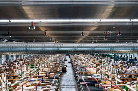 Amazon los grandes almacenes del siglo xxi el pa s for Oficinas corte ingles madrid