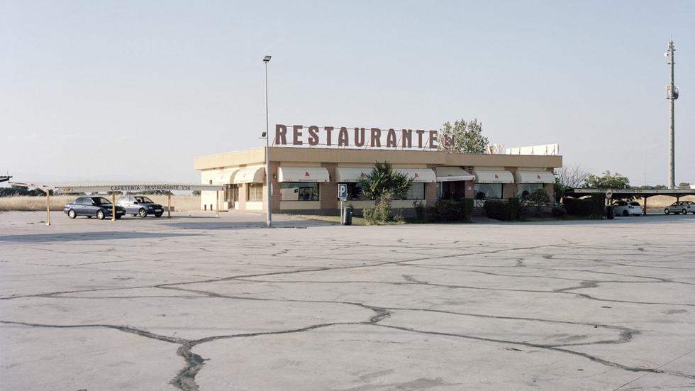 Restaurante 134. Autovía A-5, km 134. Toledo, España, 2016.