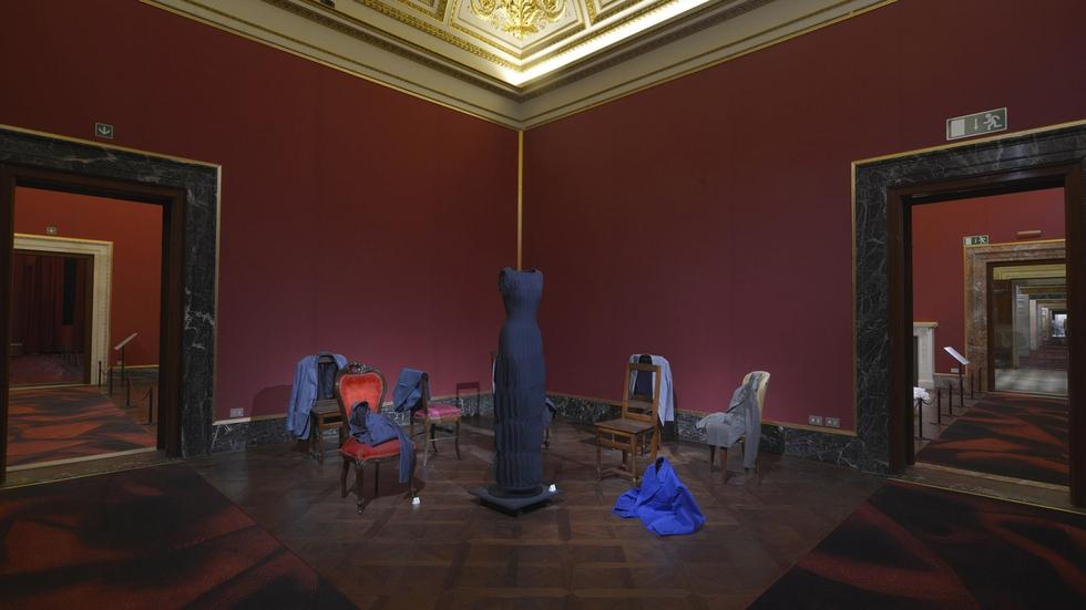 Imagen del Museo efímero de la moda, que el francés Olivier Saillard organizó durante la pasada edición de la feria de moda masculina Pitti Uomo, en Florencia.