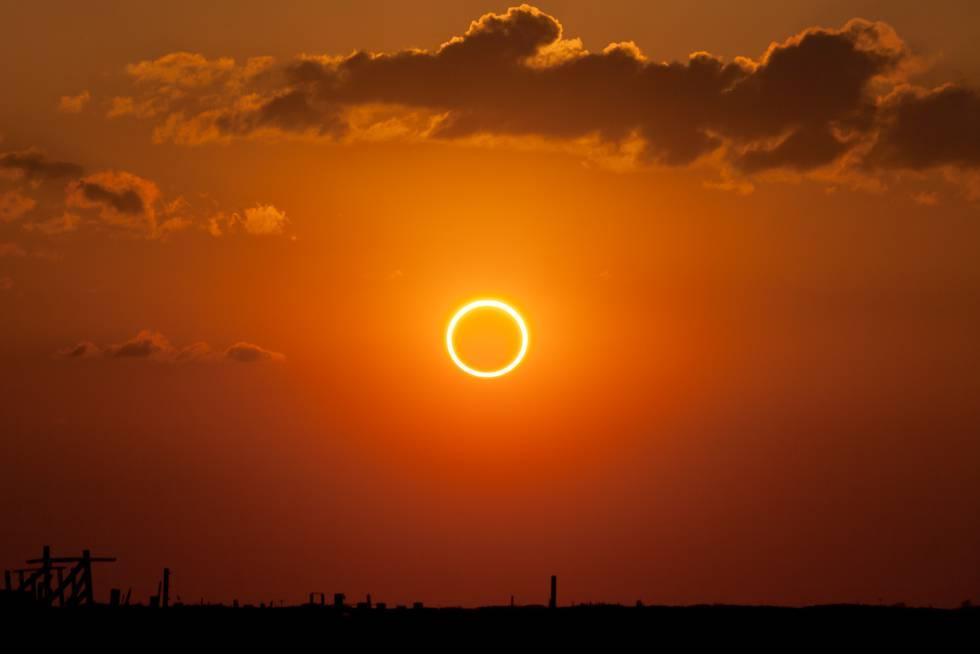 Un pasaje de la Biblia recoge el registro más antiguo de un eclipse solar |  Ciencia | EL PAÍS