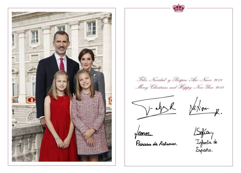 Carta De Felicitaciones De Navidad Y Ano Nuevo.Los Reyes Y Sus Hijas Felicitan La Navidad Desde El Palacio