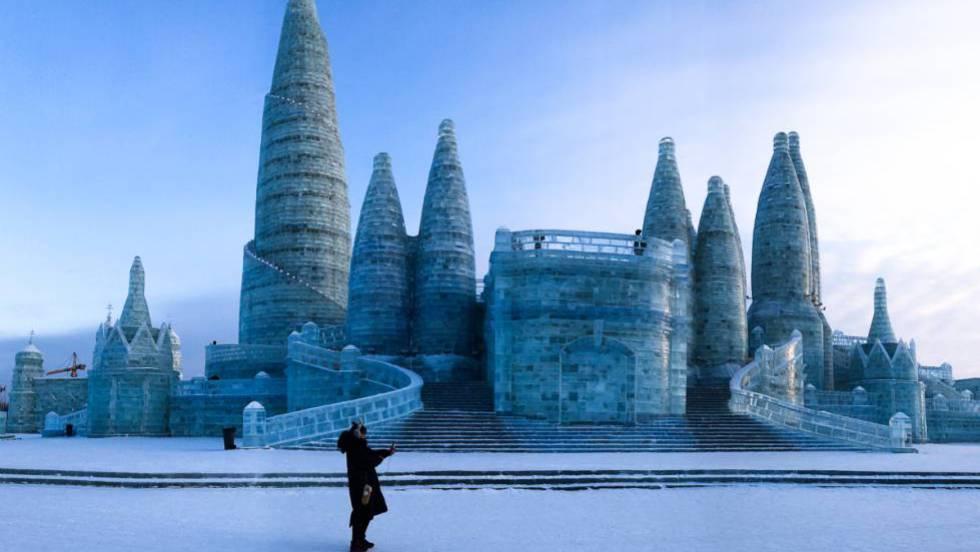 Resultado de imagen de HArbin festival de esculturas de hielo 2018